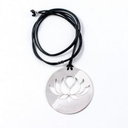 Collier - Fleur Cristal'In sur pastille (cordon soie) - Noir