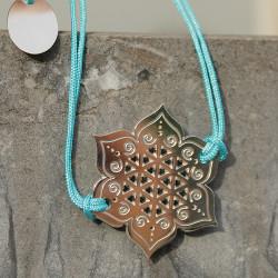 Bracelet Fleur sacrée (cordon soie) - Bleu