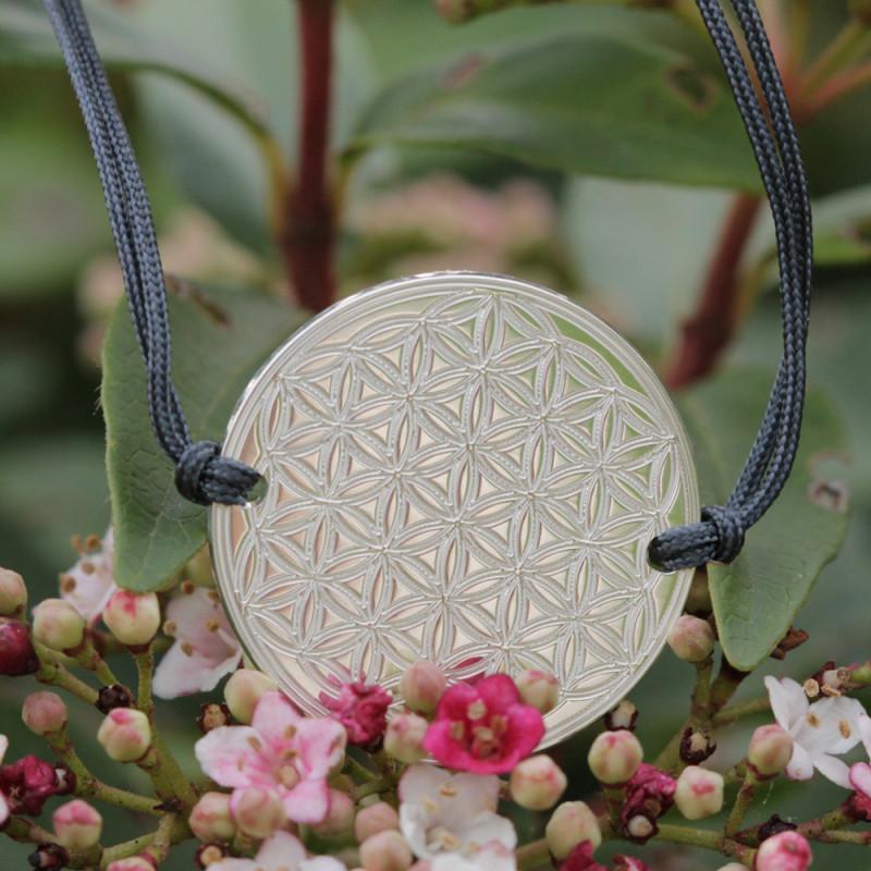 Bracelet Fleur de vie gravée (cordon en soie) - Gris anthracite